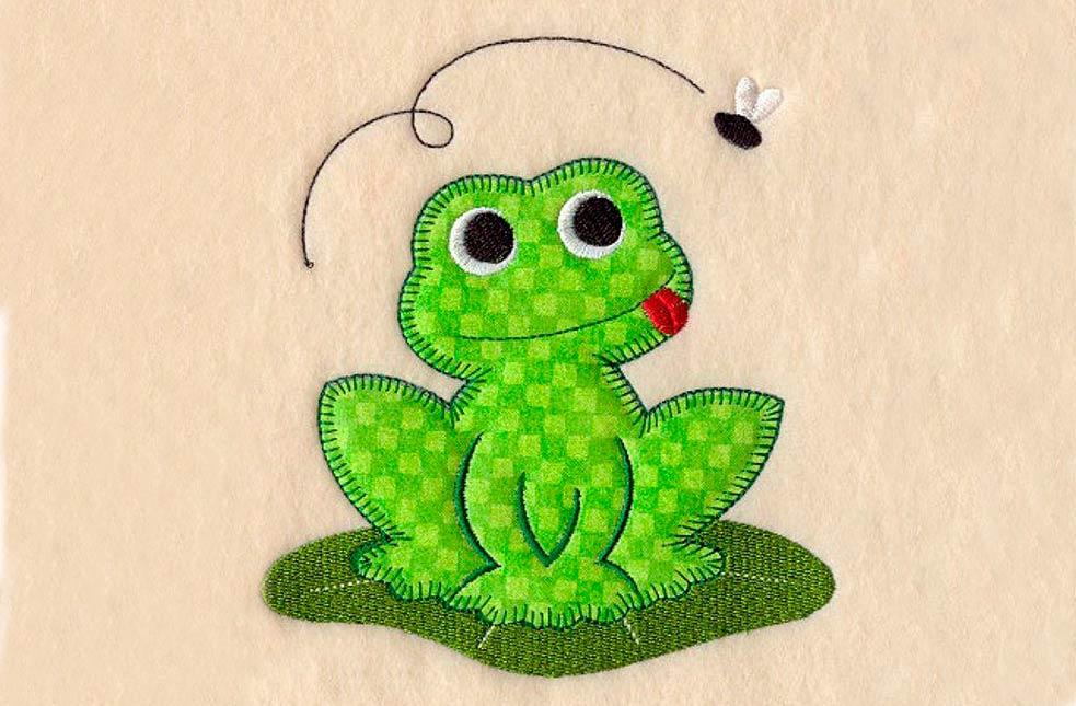 Оригинальная лягушка из ткани