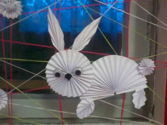 Заяц гармошкой из бумаги