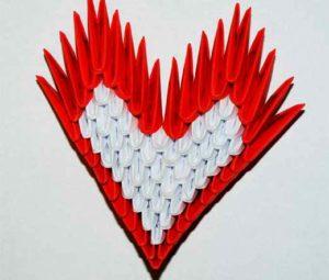 Сердце из модулей бумаги