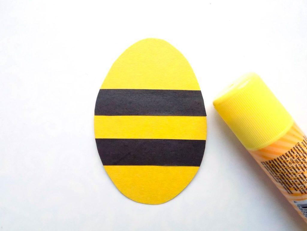 Пчелка из бумаги