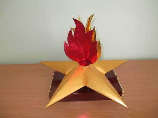 Огонь из фольгированной бумаги