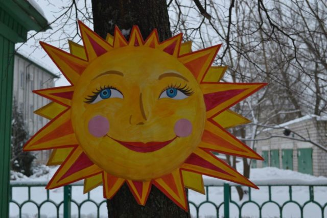Макет солнца для масленичных гуляний