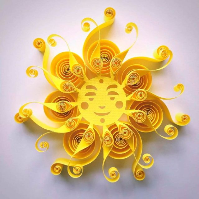 Солнце в технике квиллинг