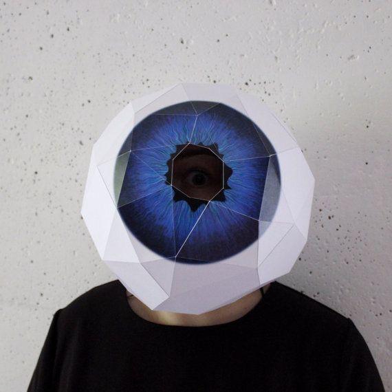 Глаз объемный