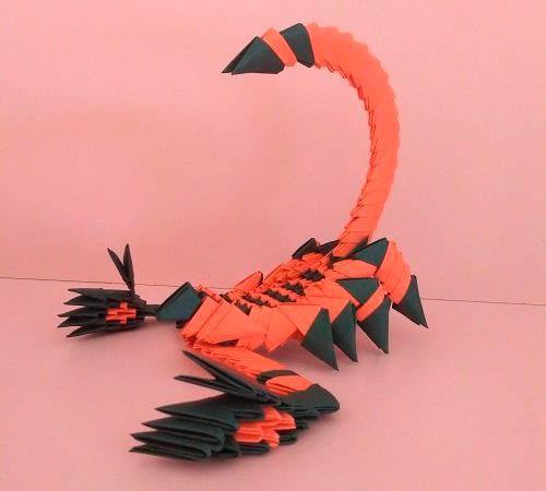 Скорпион из модулей оригами