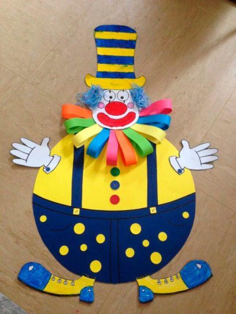 Цирковой клоун из бумаги
