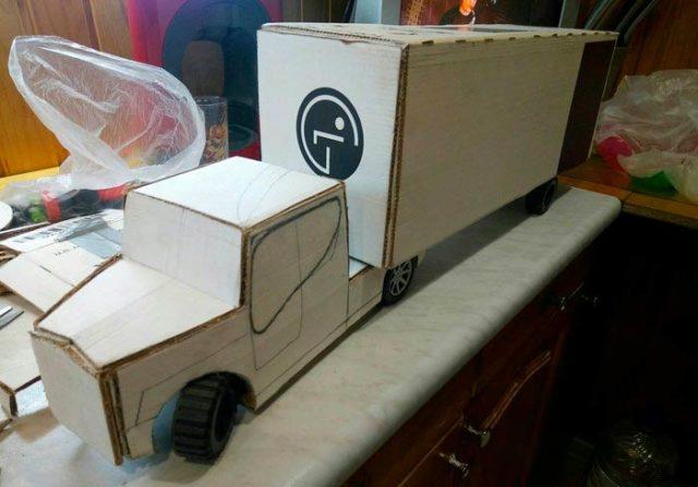 Создание камаза из картона