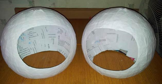 Шлем космонавта в технике папье маше