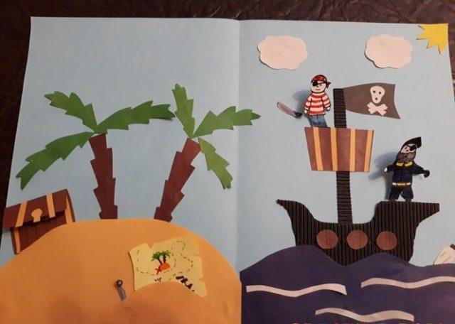 Аппликация пиратского корабля и острова