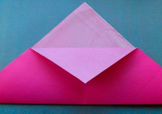 Нюша из бумаги