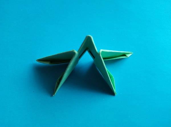 Сборка кактуса из модулей оригами