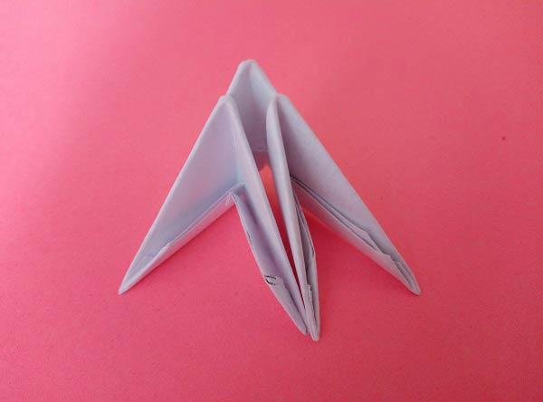 Цапля в технике модульного оригами