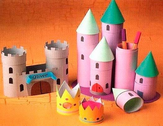 Замок из бумажных втулок