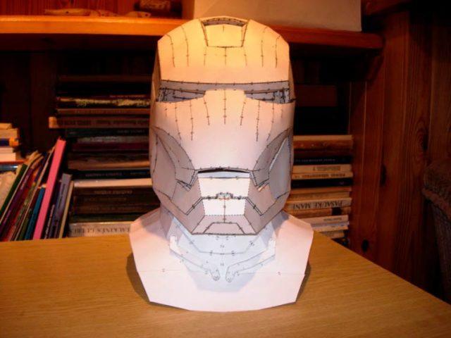 Объемная маска-шлем железного человека