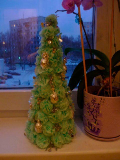 Новогодняя елочка из салфеток