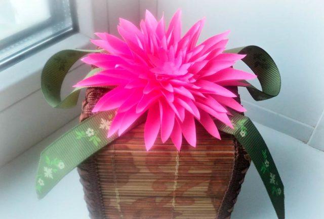 Цветок георгина, поделка
