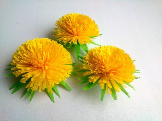 цветы одуванчики из бумаги