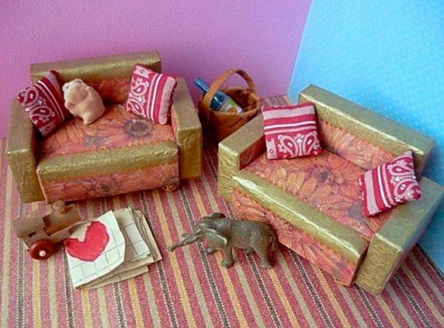 Кукольная мебель из спичечных коробков