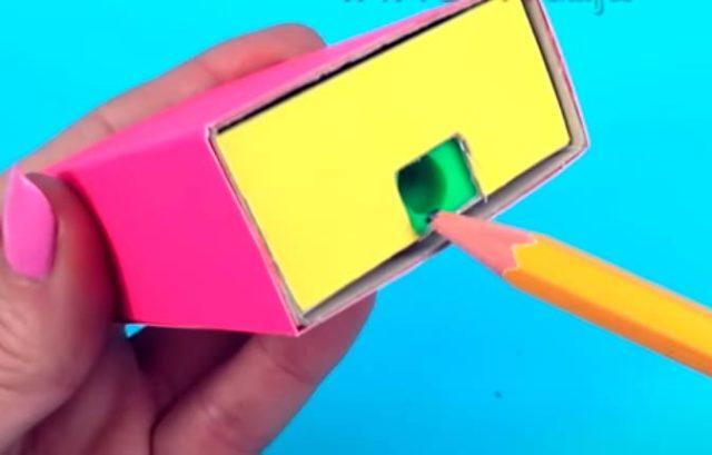 Точилка в спичечном коробке