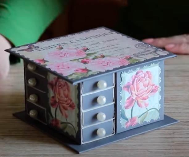 Органайзер/шкатулка из коробков от спичек