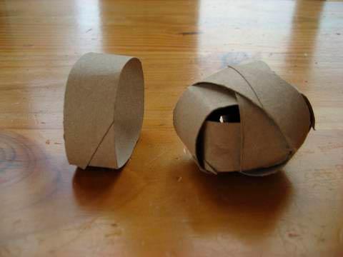Шарики из картонных втулок