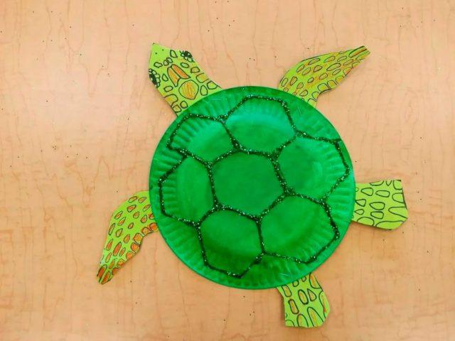 Черепаха из бумажной тарелки