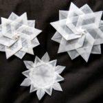 Снежинки из кальки
