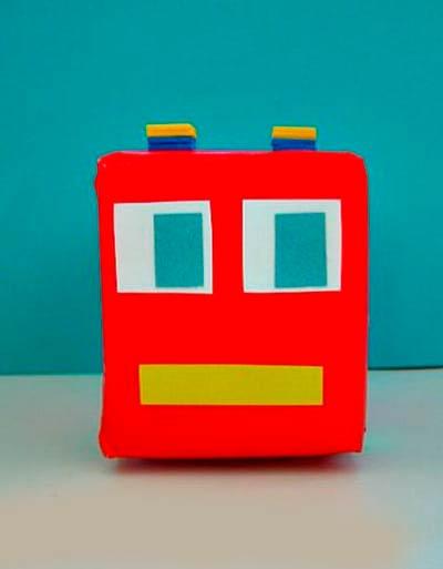Делаем пожарную машинку из коробки от сока