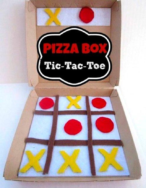 Крестики нолики из коробки из под пиццы