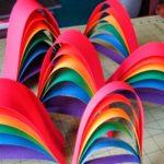 Радуга из полосок цветной бумаги