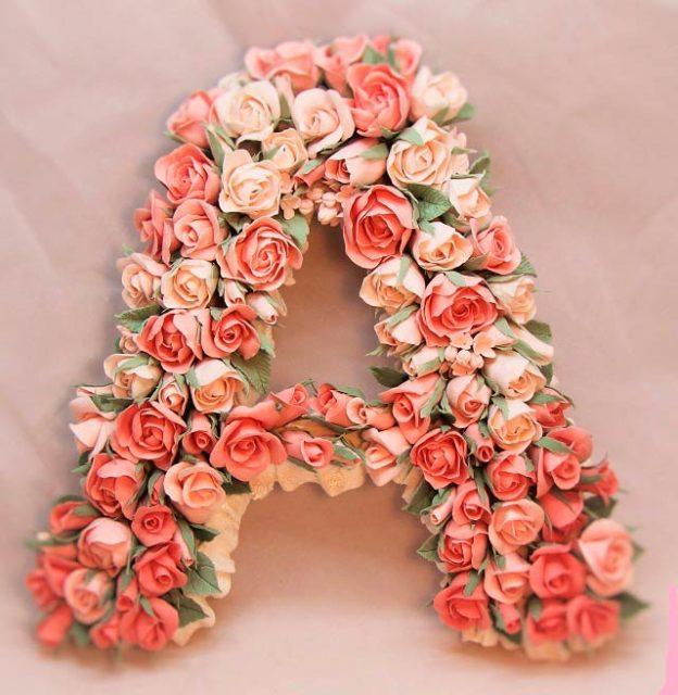 Буква а, декорированная цветами
